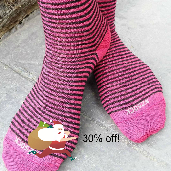 Stripe merino socks cosy Toes black pink-christmas-sq-828